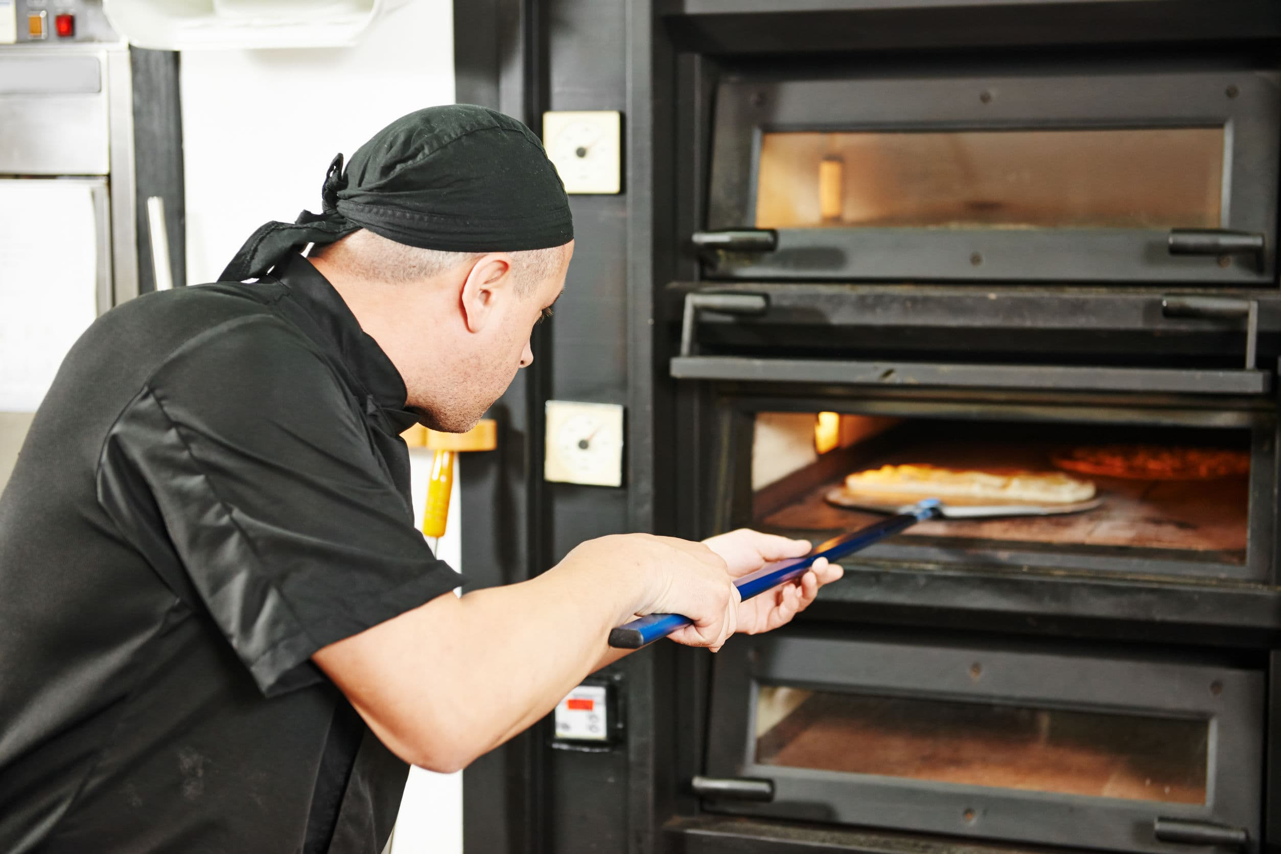 Commercial Microwaves Offer A Leg-Up In The Catering Business