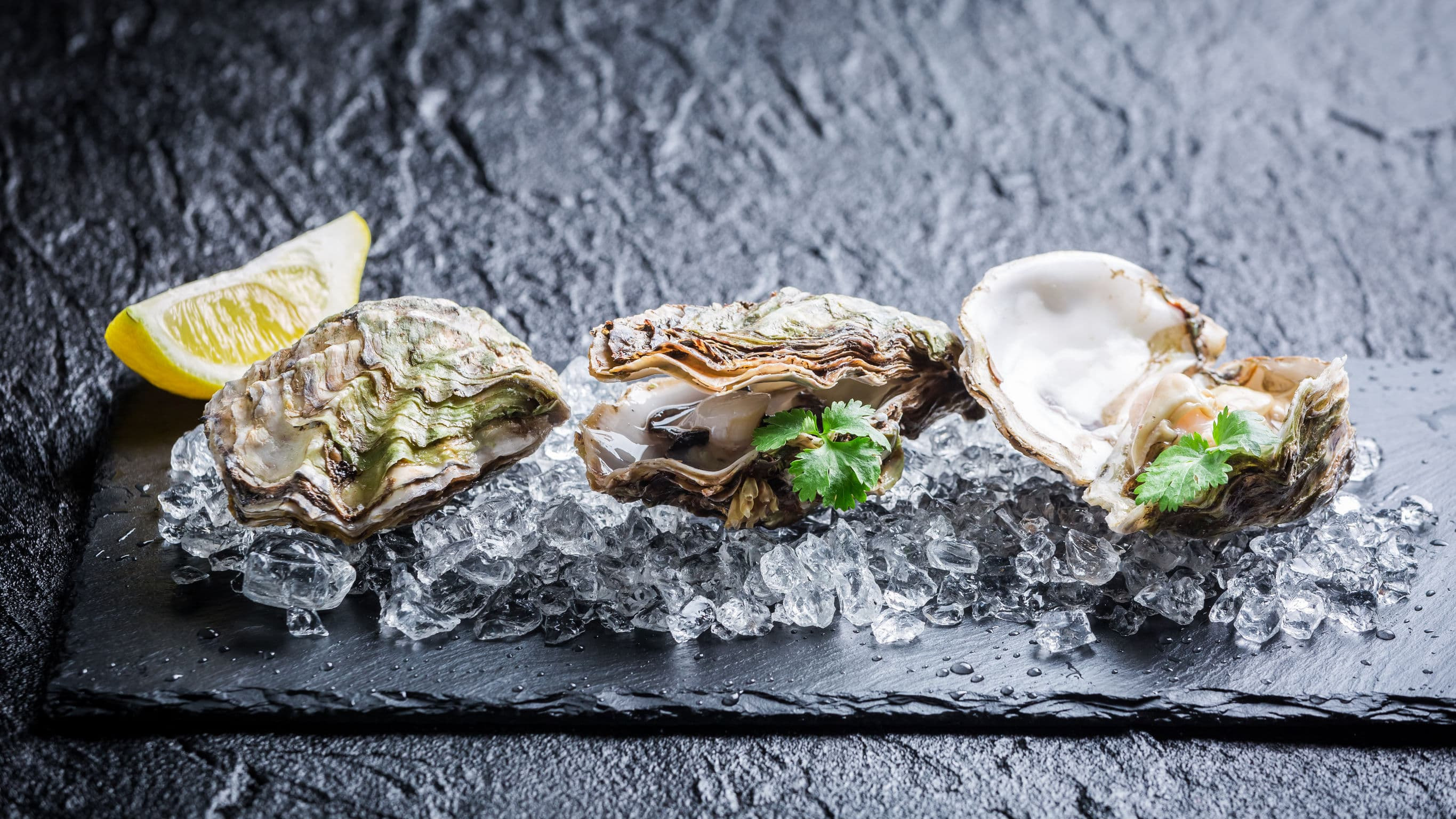 Raw Oyster Bars Are A Great Way To Entice Customers
