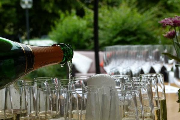Is Serving Alcohol Right for Your Restaurant?