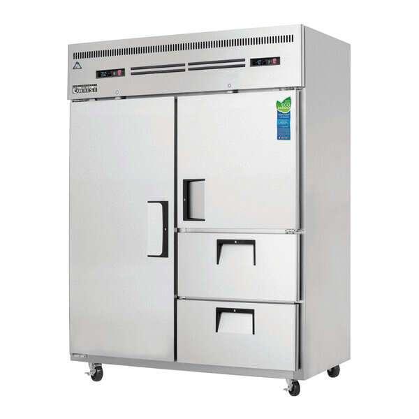 Everest Refrigeration ESWQ2D2 Reach-In Refrigerator/Freezer Combo