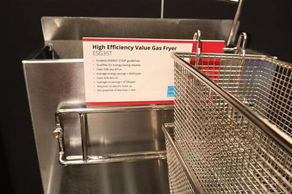 Frymaster ESG35T 15 - 50 lb. Gas Floor Model Full Pot Fryer with Millivolt Controls - 70,000 BTU