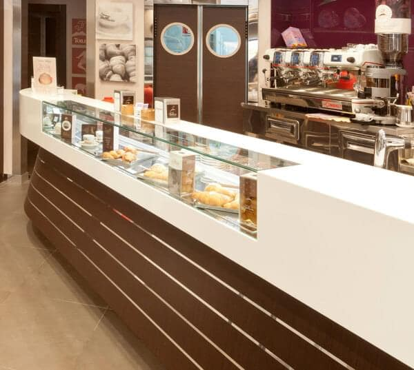 "Oscartek Oscartek SHSQ1250T Sushi Display (Square Glass) 62"" length"